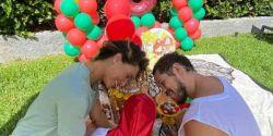 Débora Nascimento e José Loreto juntam-se para o aniversário da filha